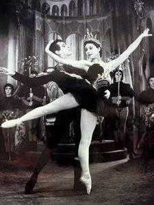 Margot Fonteyn and Robert Helpmann, Swan Lake, 1938